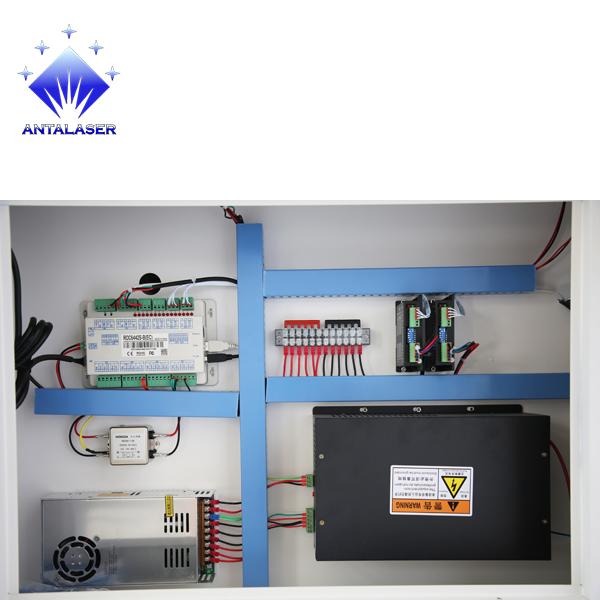 Лазерный станок 9060 100 Вт EFR Lasea F4 CO2